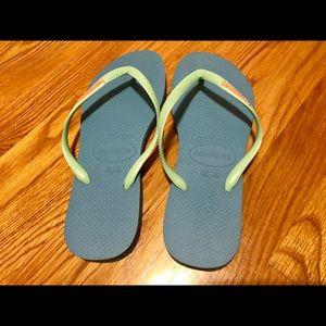 2ac54a26c1fe Havaianas Shoes - Havainas Slim Logo POP Up Sandal light blue size 9